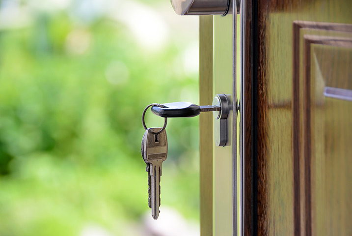 A2B Locks are able to provide local locksmiths in East Barnet to repair your broken locks.